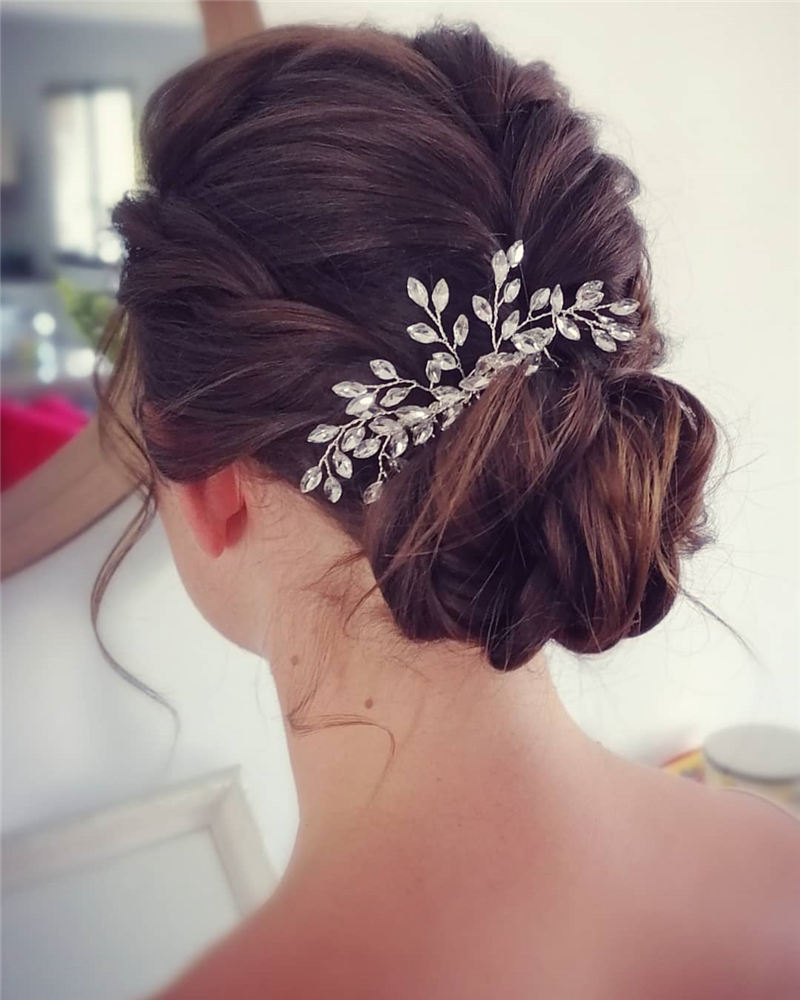 New Great Wedding Hairstyles for Your Big Day 2020 21
