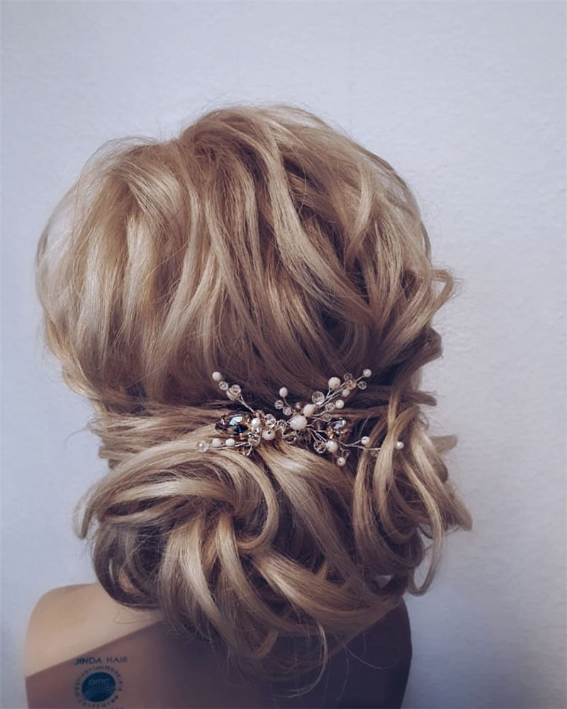 New Great Wedding Hairstyles for Your Big Day 2020 29