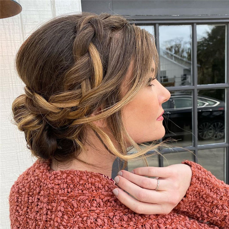 New Great Wedding Hairstyles for Your Big Day 2020 33