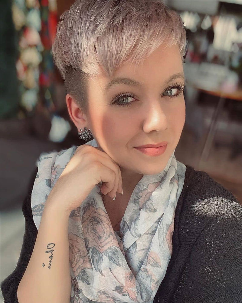 Stylish And Pretty Pixie Haircuts to Look Cool This Year 05