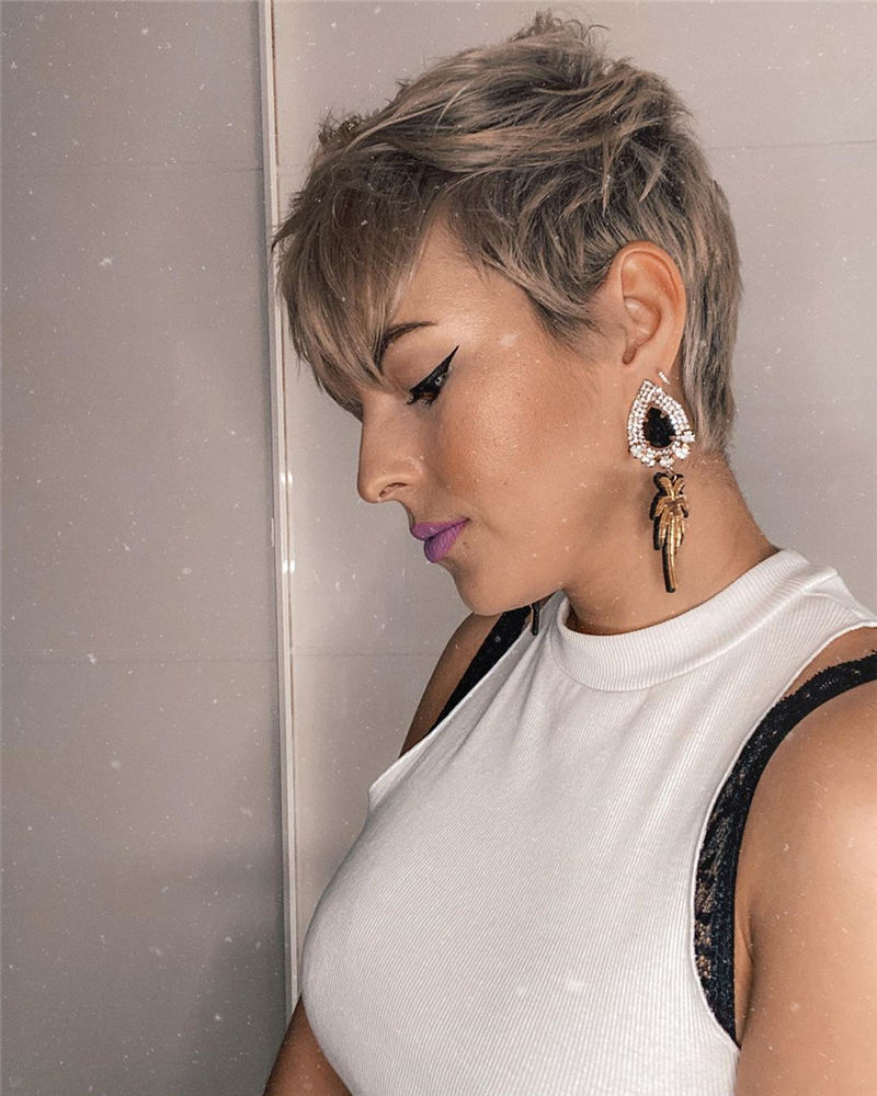 Stylish And Pretty Pixie Haircuts to Look Cool This Year 20