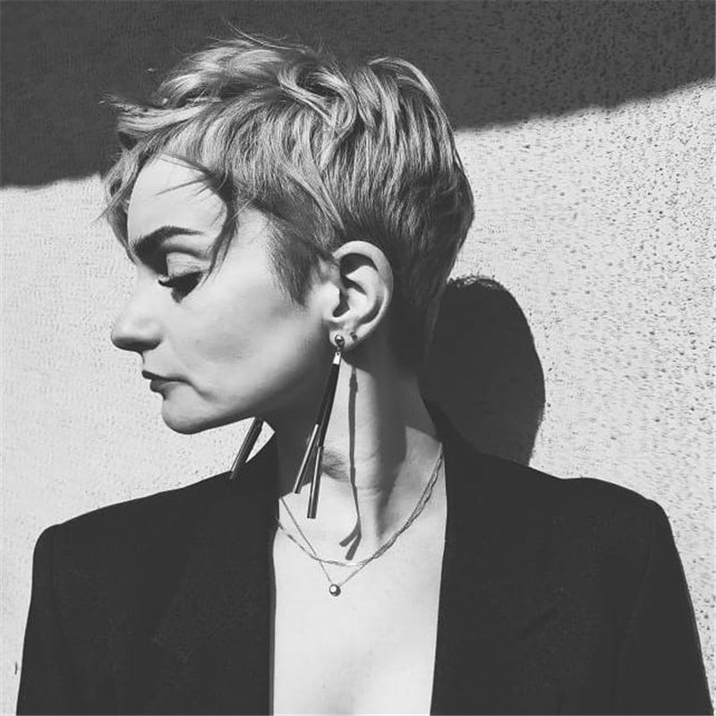 Stylish And Pretty Pixie Haircuts to Look Cool This Year 36