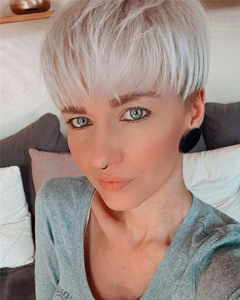 Trending Short Pixie Hairstyles For An Amazing Look 06