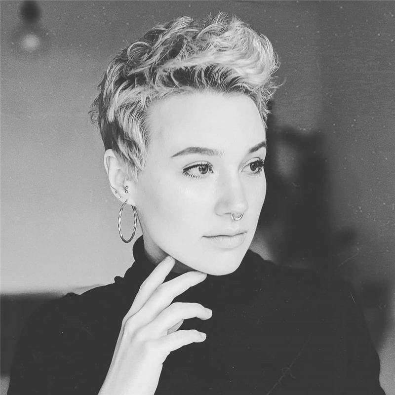Trending Short Pixie Hairstyles For An Amazing Look 19