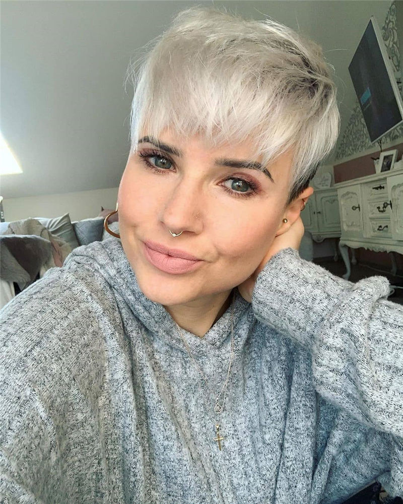 Trending Short Pixie Hairstyles For An Amazing Look 25