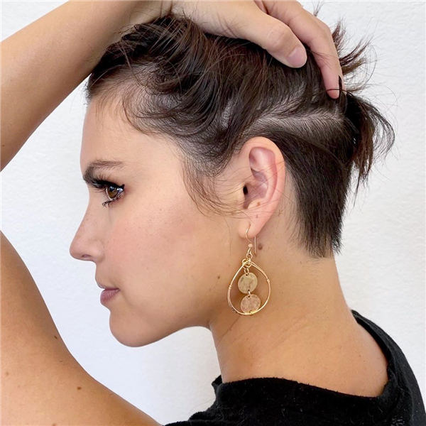 Cool Short Hairstyles for Summer 2020 07