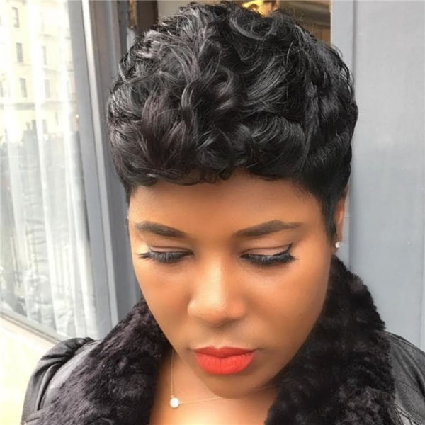 Cool Short Hairstyles for Summer 2020 44
