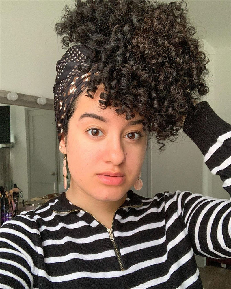 Most Stylish Short Curly Hairstyles for Women 09