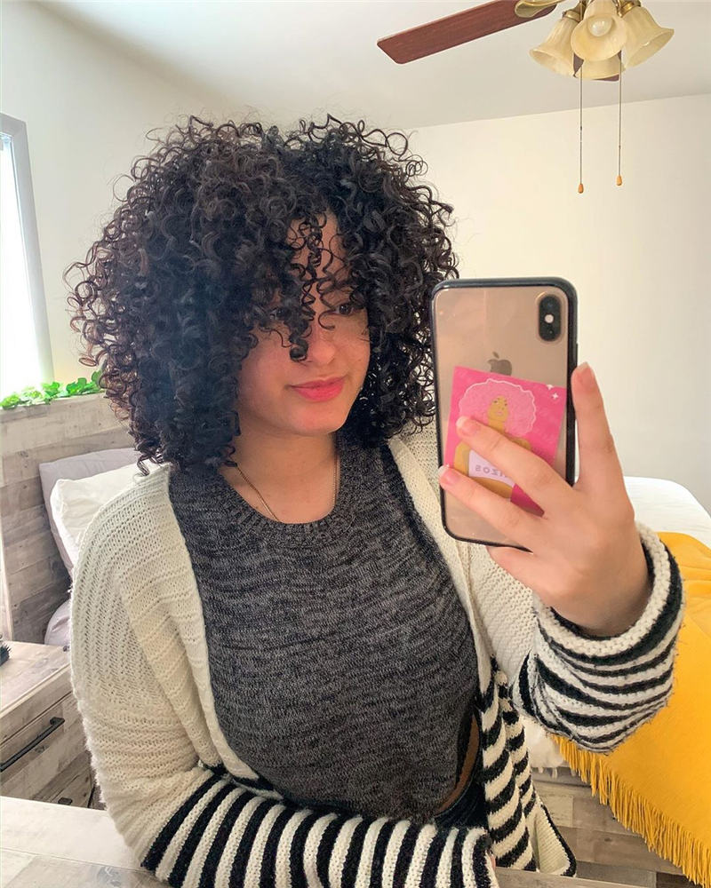 Most Stylish Short Curly Hairstyles for Women 26
