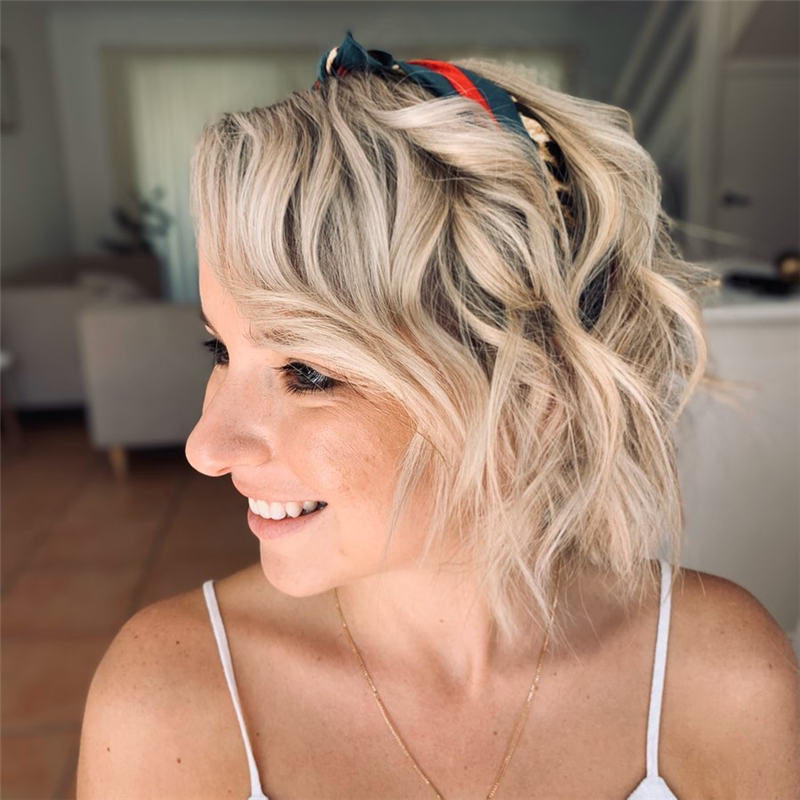 Most Stylish Short Curly Hairstyles for Women 31