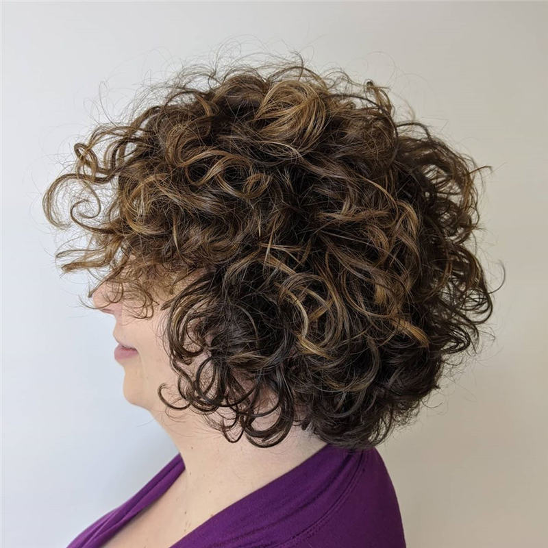 Most Stylish Short Curly Hairstyles for Women 37