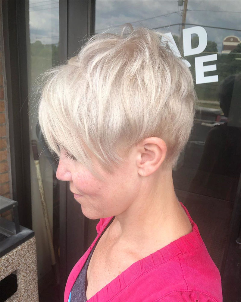 Great Pixie Haircuts for Women 2020 34