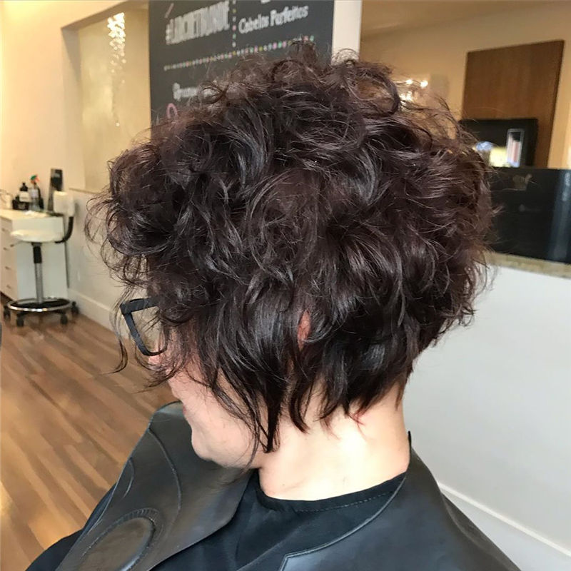 Great Pixie Haircuts for Women 2020 42