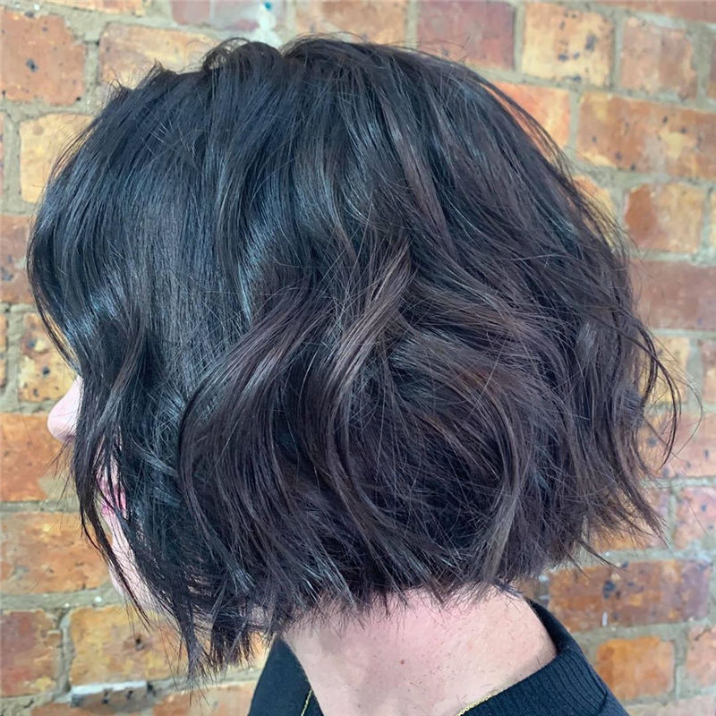 Blunt Bobs Haircuts Youd Love to Try in 2020 01
