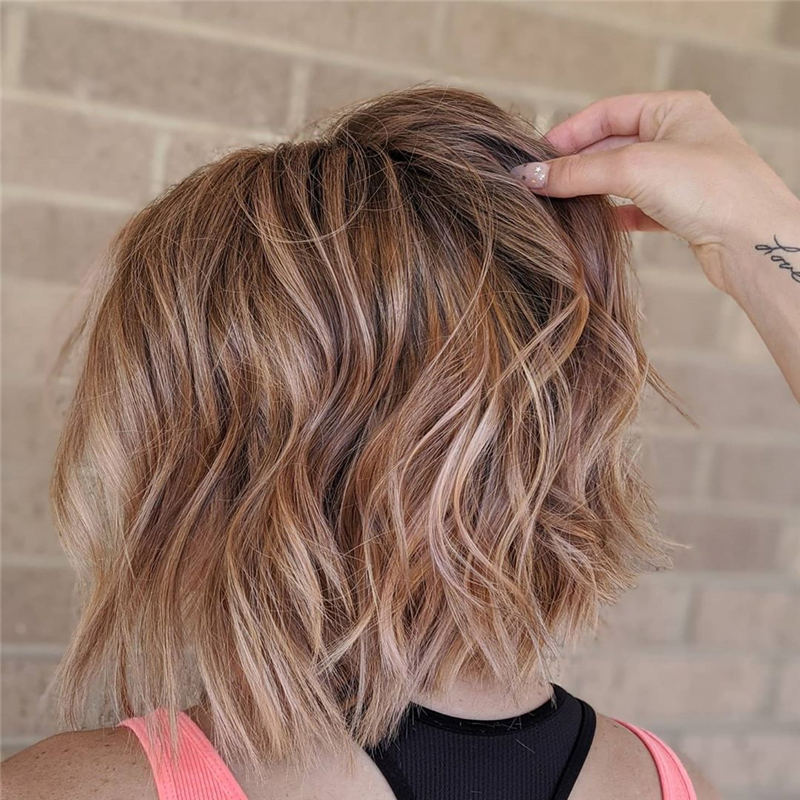 Curly Bob Hairstyles To Copy Asap for This Year 06