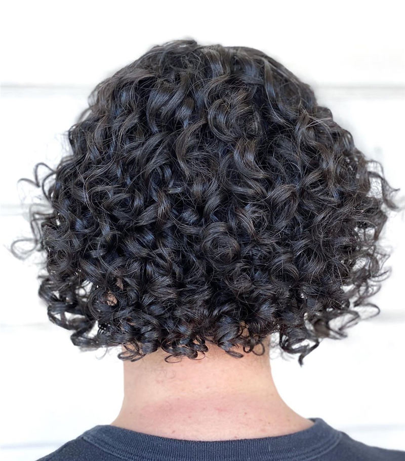 Curly Bob Hairstyles To Copy Asap for This Year 45