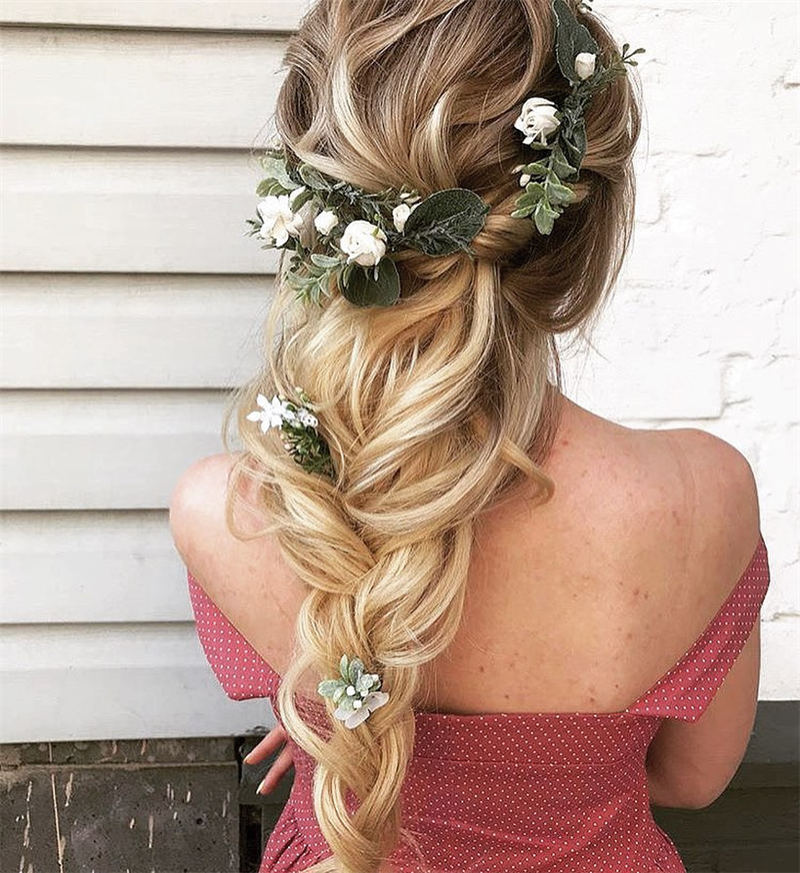 Stunning Bridesmaid Hairstyles Make You Look Beautiful 02