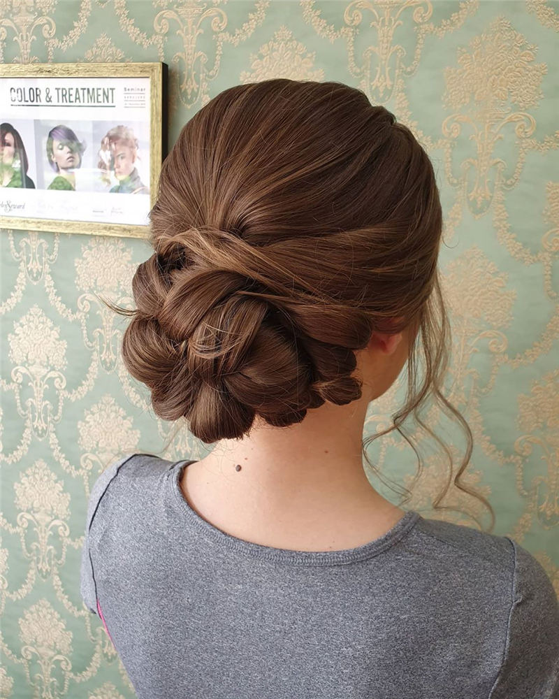 Stunning Bridesmaid Hairstyles Make You Look Beautiful 06