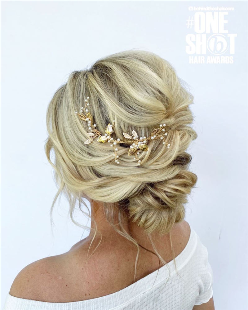 Stunning Bridesmaid Hairstyles Make You Look Beautiful 17