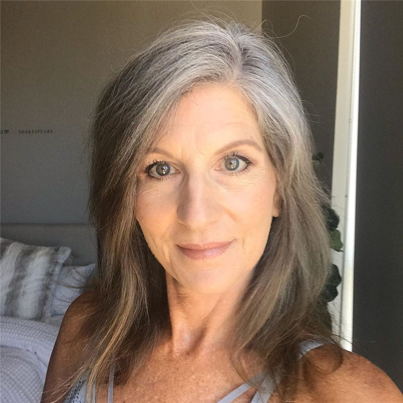 Stylish Gray Hair Styles to Look Gorgeous 01