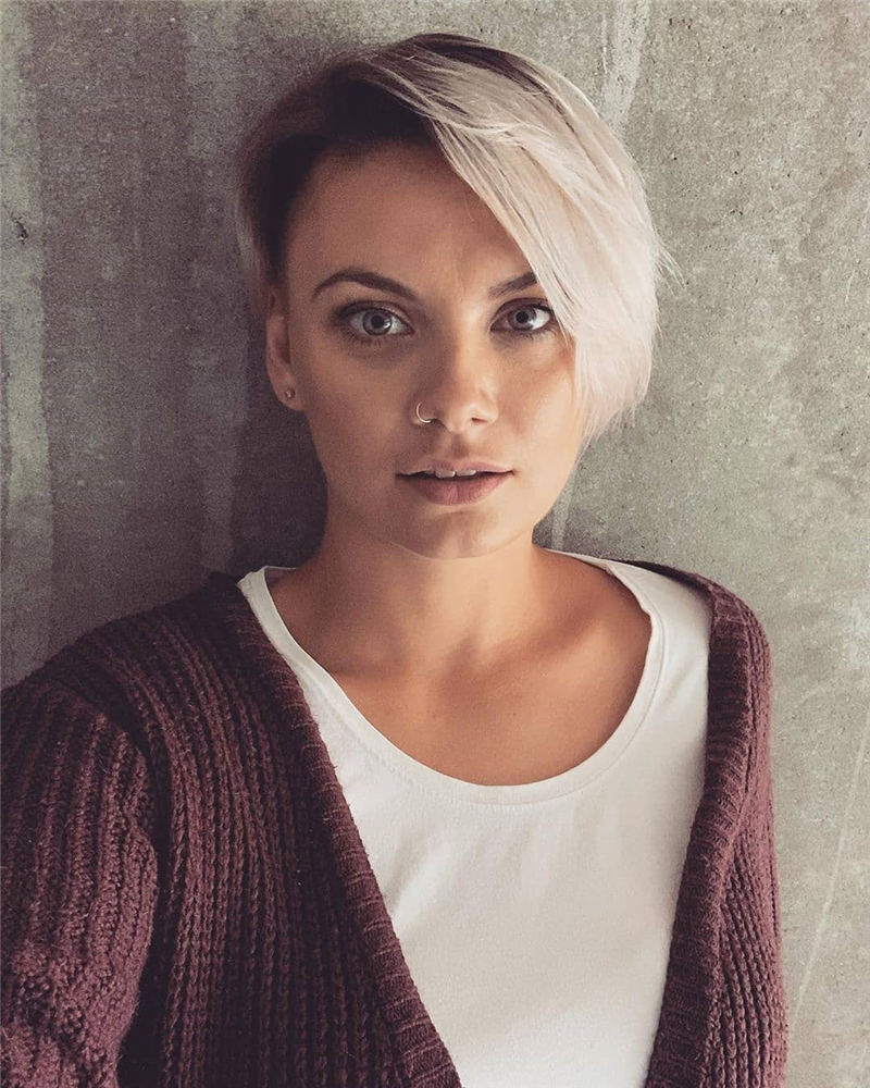 Amazing Easy Pixie Haircuts for Round Faces 14