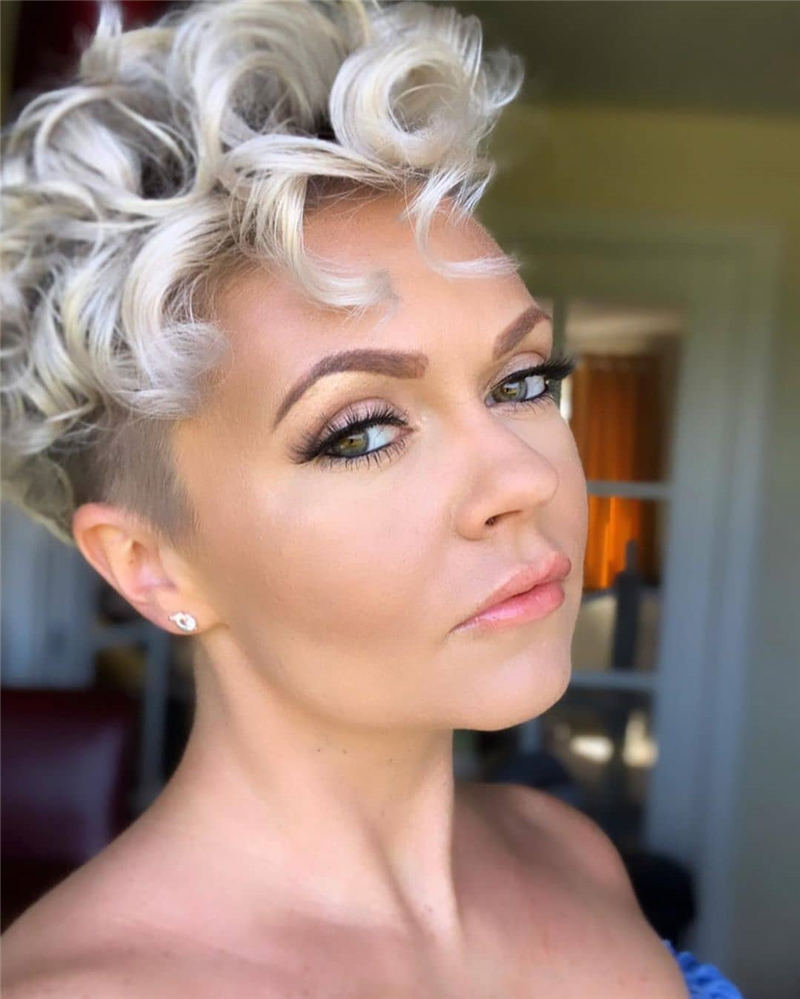Amazing Easy Pixie Haircuts for Round Faces 22