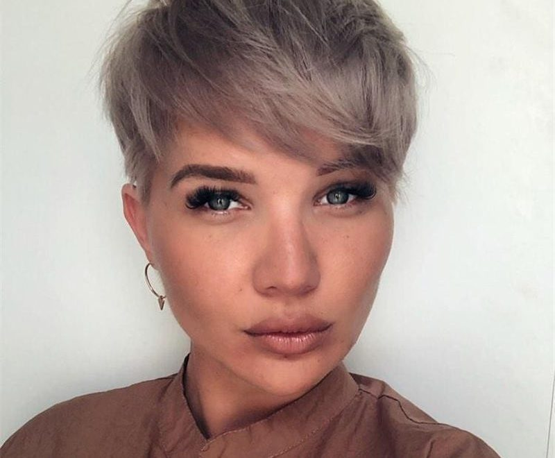 Amazing Easy Pixie Haircuts for Round Faces 38
