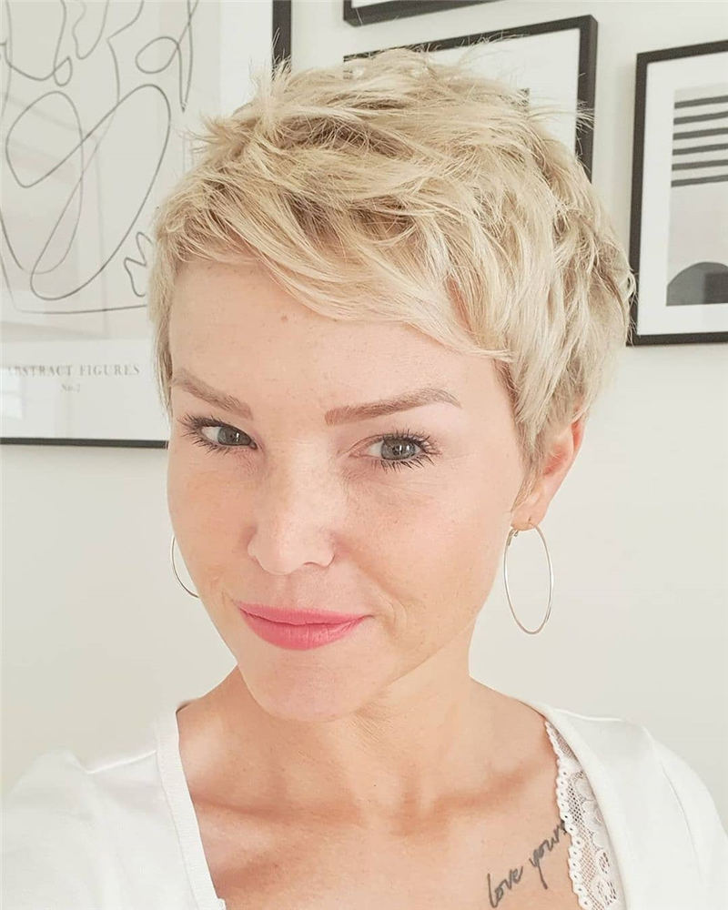Amazing Easy Pixie Haircuts for Round Faces 42