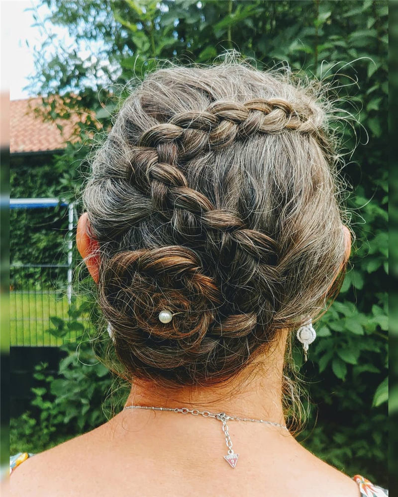 Beautiful Updos for Medium Length Hair 2020 22