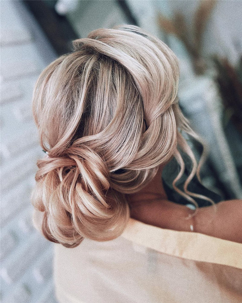Beautiful Updos for Medium Length Hair 2020 27
