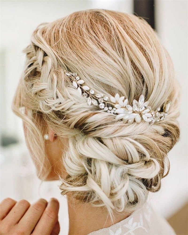 Beautiful Updos for Medium Length Hair 2020 41