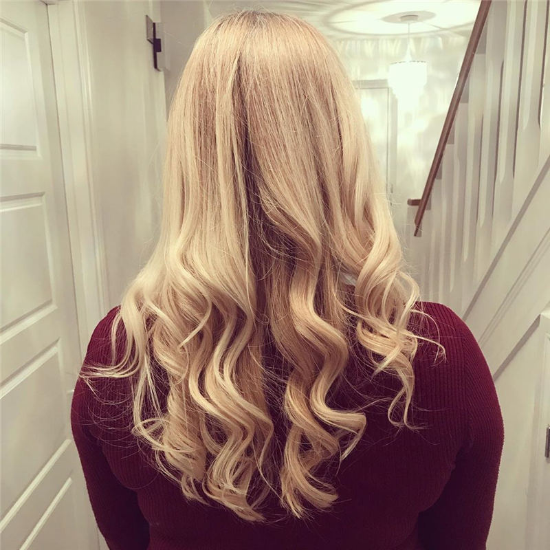 Best Hairstyles and Haircuts for Women Over 40 39