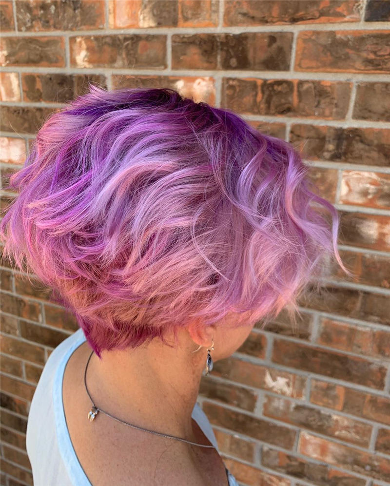 Coolest Trendy Hair Color for Short Hair 35