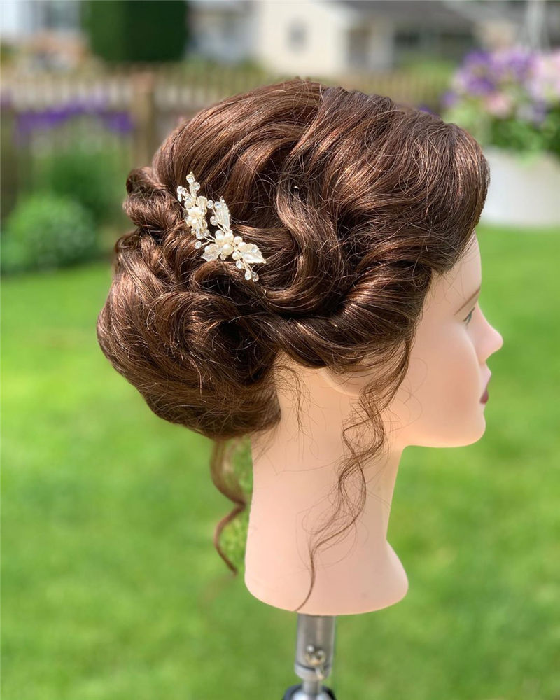 Stylish and Gorgeous Wedding Updos For Short Hair 13