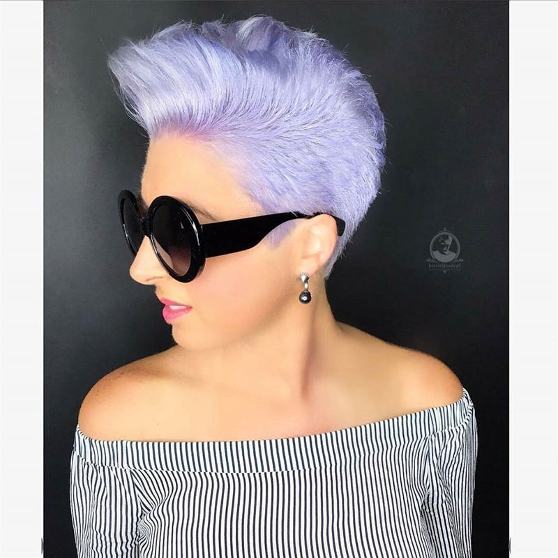 Trendy Colored Pixie Haircut for Short Hair 14