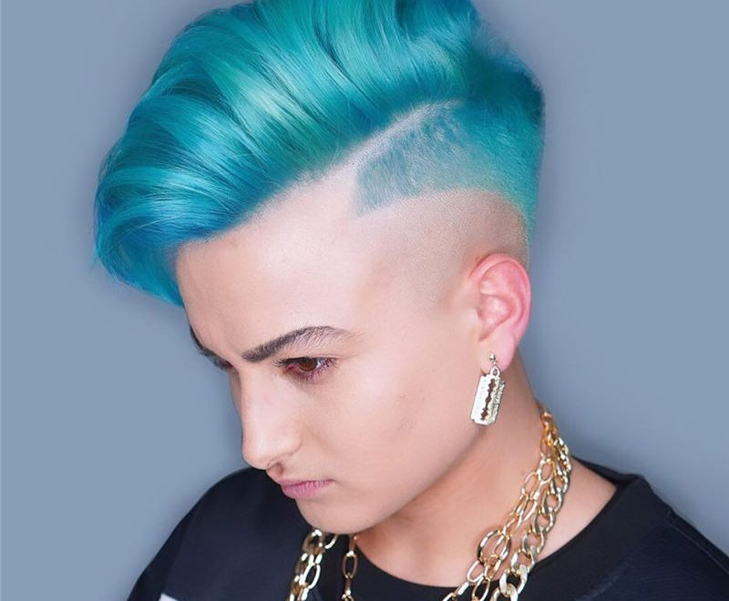 Trendy Colored Pixie Haircut for Short Hair 32