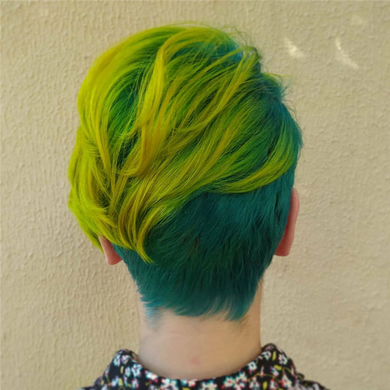 Trendy Colored Pixie Haircut for Short Hair 41