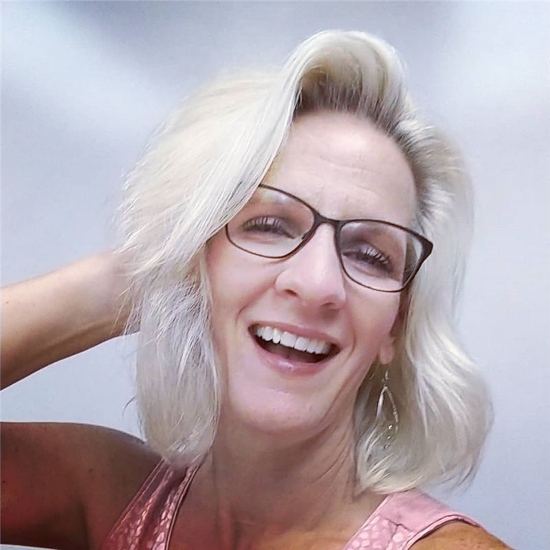 Trendy and Youthful Hairstyles and Haircuts for Women Over 50 10
