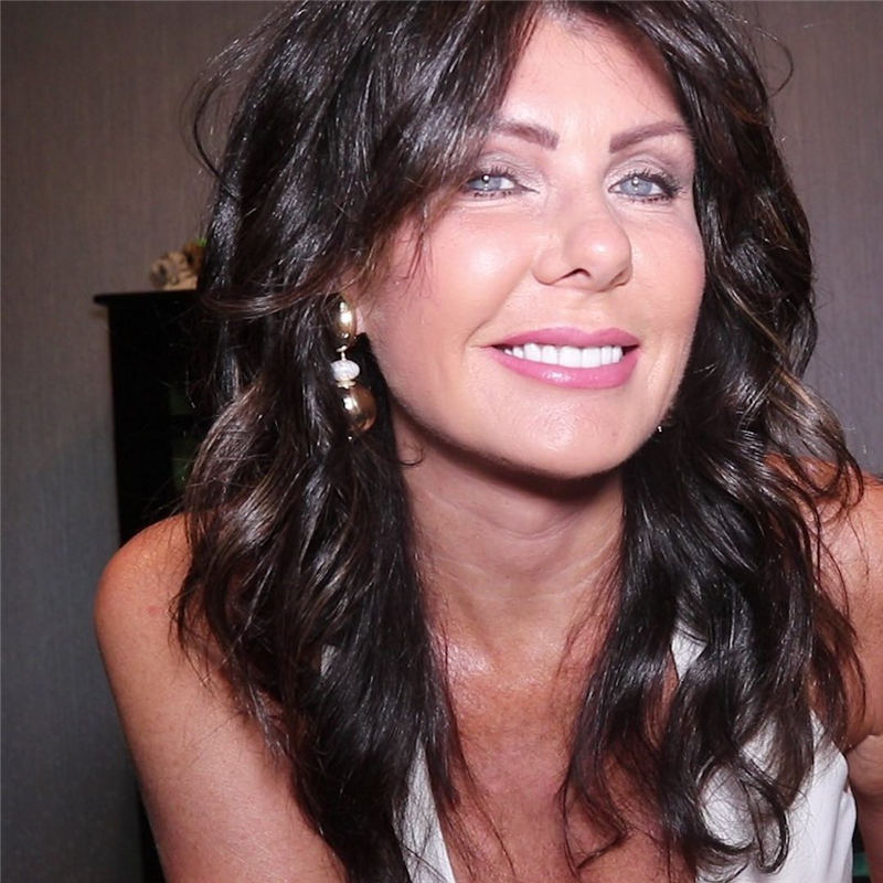 Trendy and Youthful Hairstyles and Haircuts for Women Over 50 13