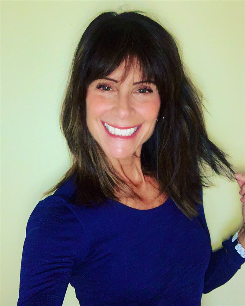 Trendy and Youthful Hairstyles and Haircuts for Women Over 50 20