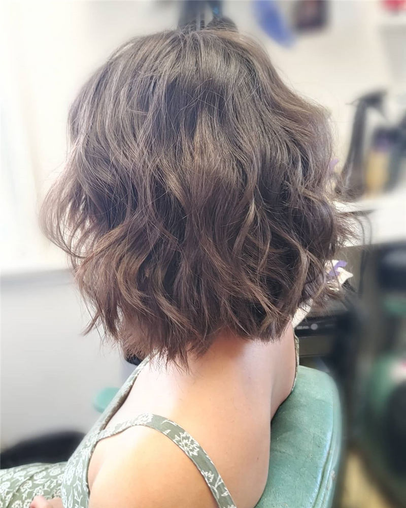 Best Short Layered Bob Haircuts You Cant Miss 14