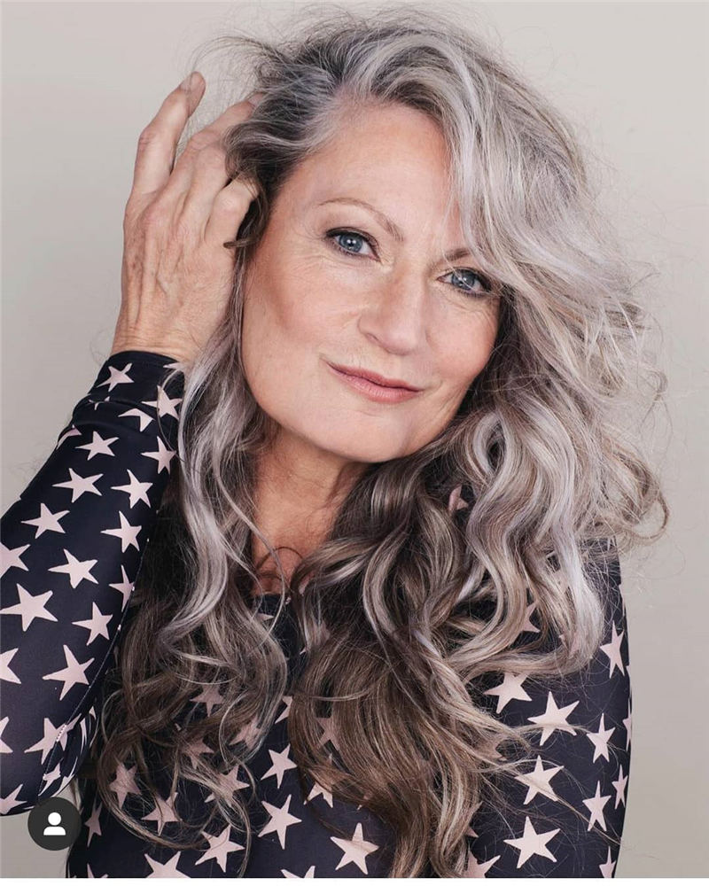 Best Youthful Hairstyles and Haircuts for Women Over 50 29