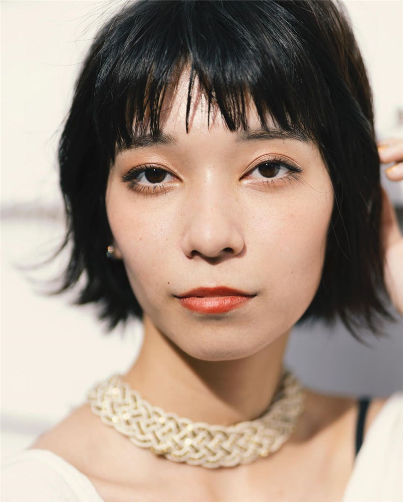 Cute Layered Haircuts With Bangs For 2020 46