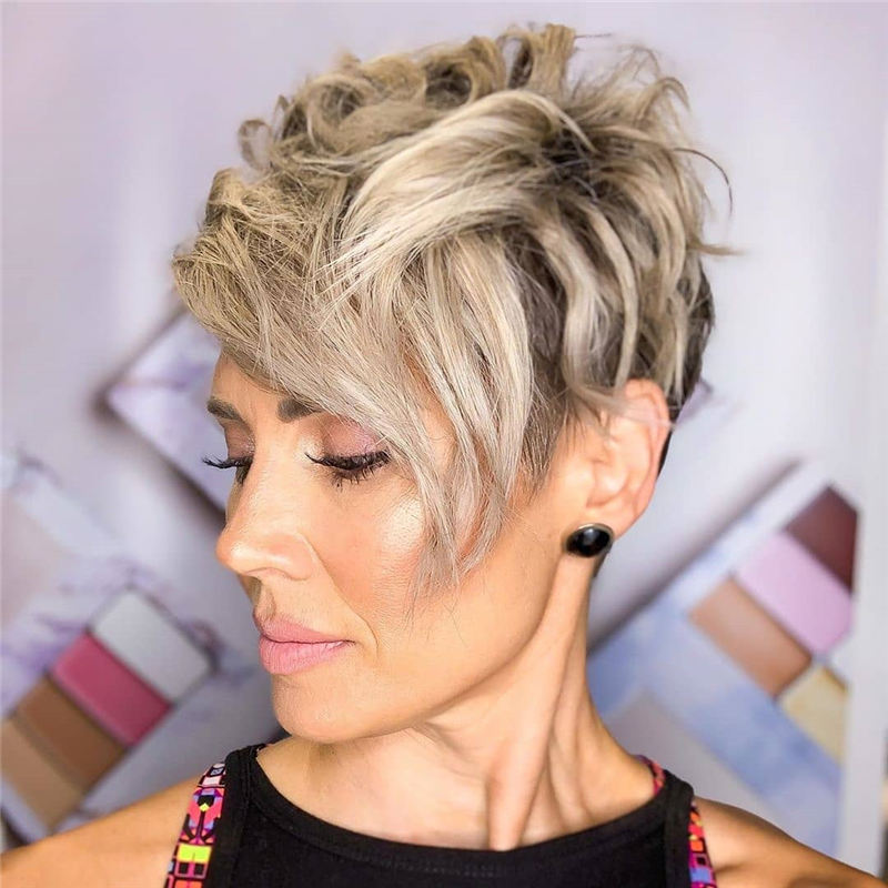 Top Pixie Cuts Youll See Right Now 27