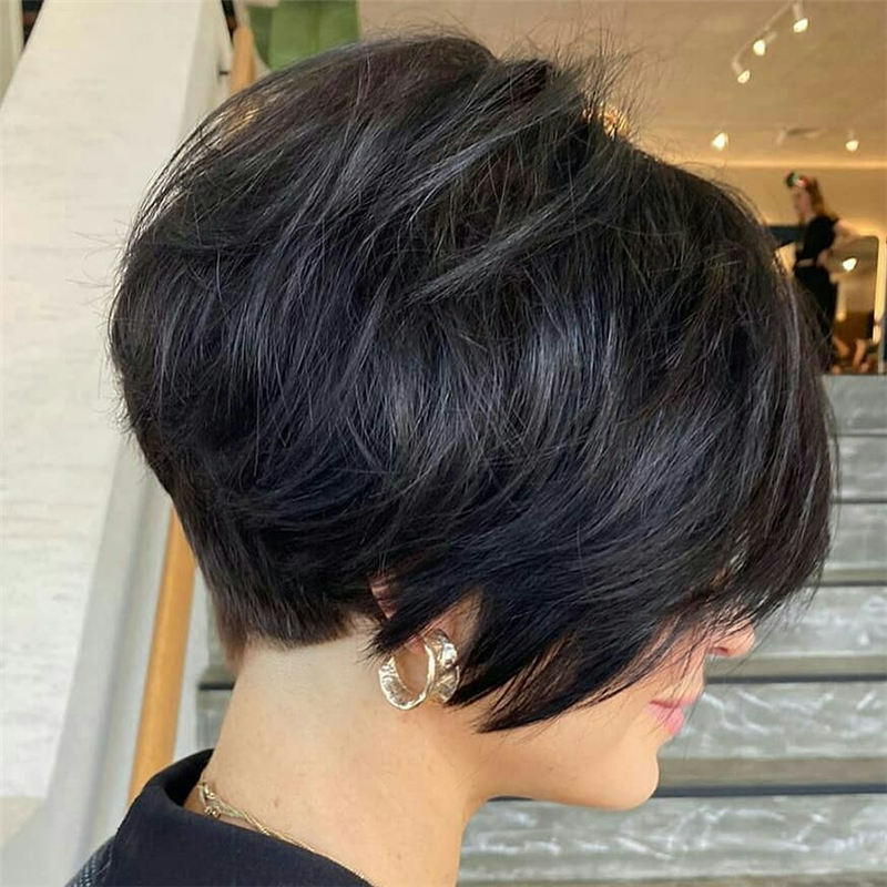 50 Trendy Inverted Bob Haircuts For Women In 2021