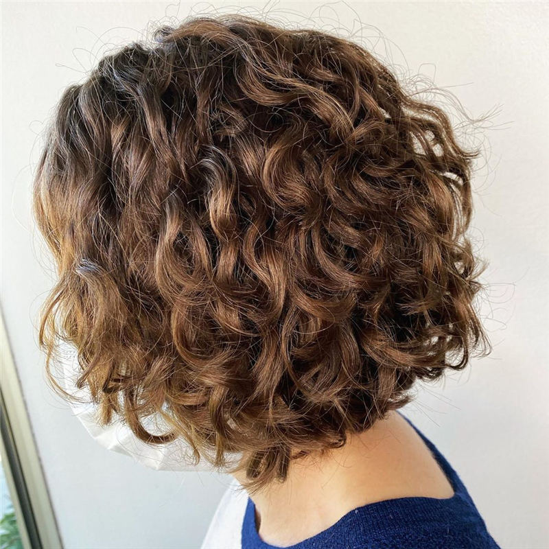 Best Curly Bob Hairstyles To Inspire You 22
