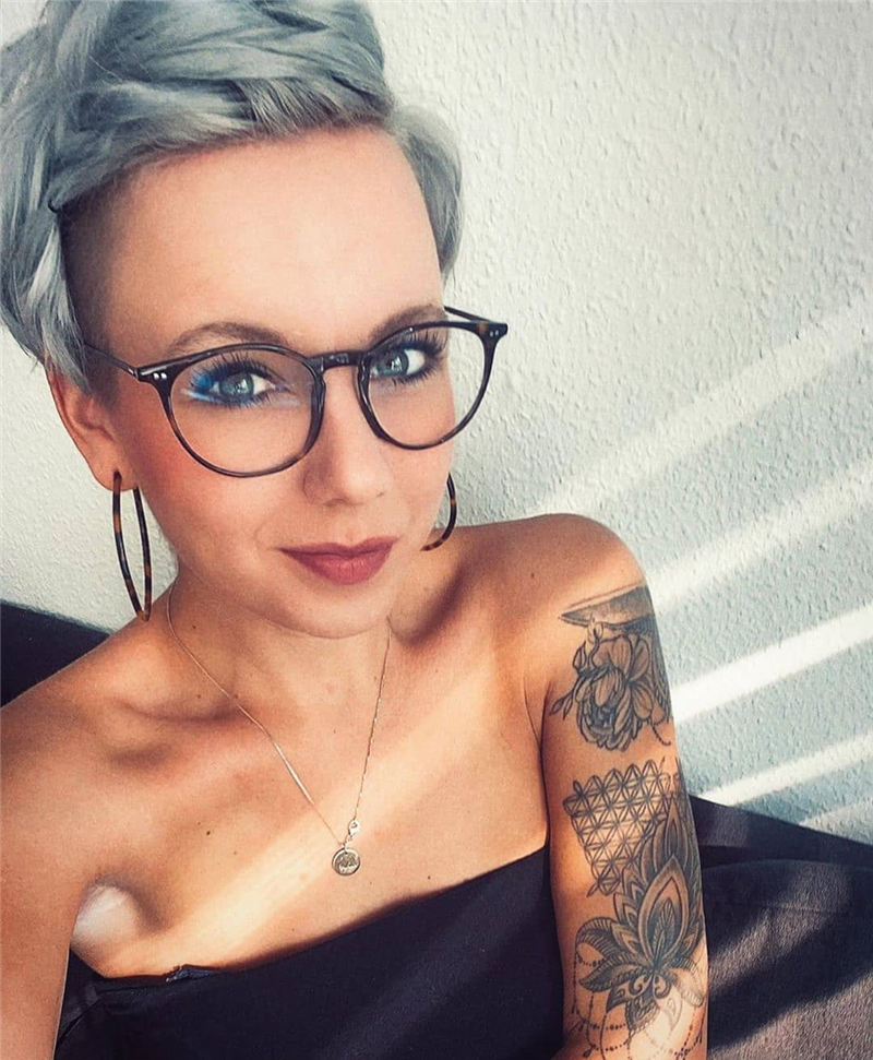 Best Pixie Haircuts for Older Ladies 12