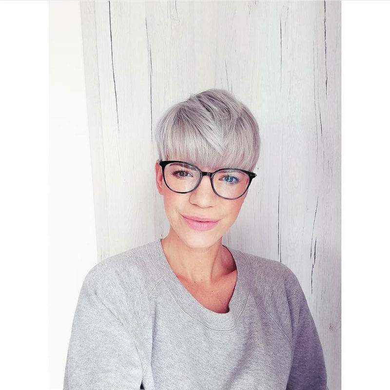 Best Pixie Haircuts for Older Ladies 15