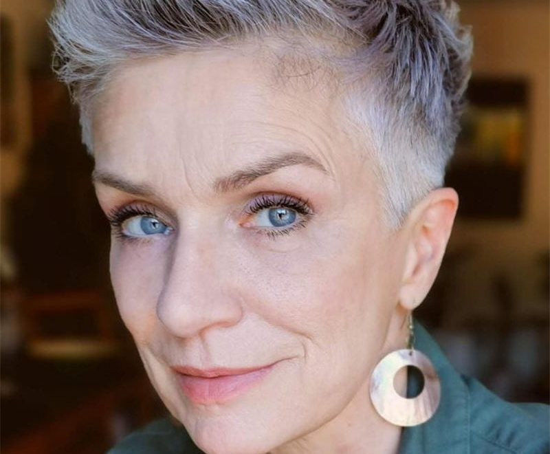 Best Pixie Haircuts for Older Ladies 23