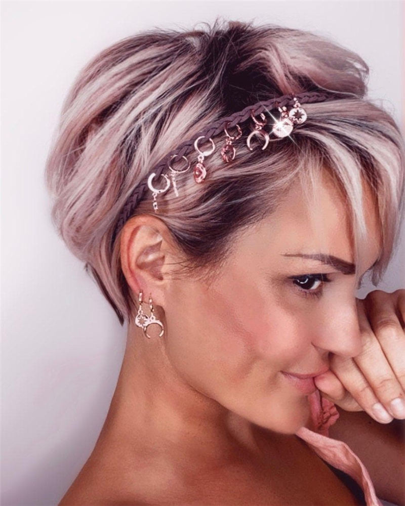Best Pixie Haircuts for Older Ladies 24